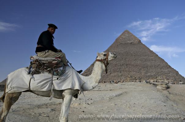 5348_pyramids_police