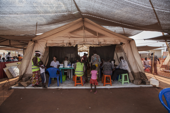 """""""El desamparo de la población es casi absoluto. Estamos hablando de desplazados que ya vienen de un campo de desplazados. Es inconcebible"""", explica nuestro responsable en República Centroafricana."""
