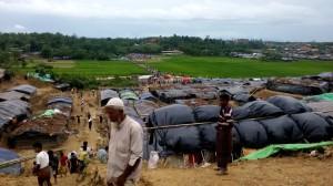 """Bangladesh: """"Las necesidades de agua potable en los asentamientos rohingya siguen siendo extremas"""""""
