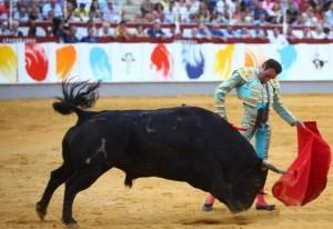 Ponce: triunfo apoteósico en Málaga (con videos de las faenas)