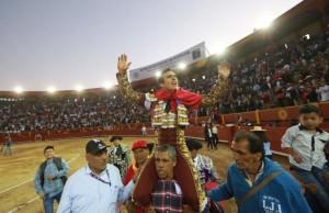 FOTOS: JUAN PONCE Joaquín Galdós estuvo en su tarde, conquistó al público estando inspirado, decidido y toreando con enorme clase, mucho gusto y hondura.