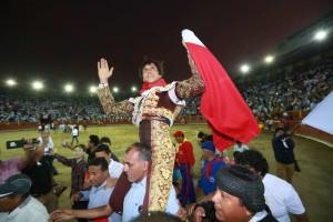 Acho, quinta y última corrida: Roca Rey triunfó ante dos maestros (con videos)