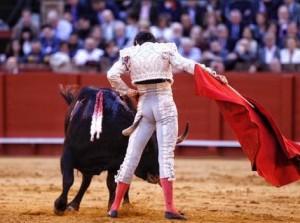 Domingo de Resurrección en Sevilla, ayer: el ganado condicionó la corrida (con videos)
