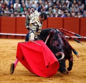Manzanares aprovechó al máximo al único toro con raza suficiente.