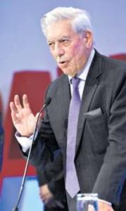 Rochi León / archivo El Comercio Mario Vargas Llosa: la abolición sería la desaparición de ese animal excepcional, el toro bravo.