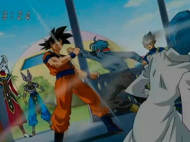 """Trunks del futuro inicia su viaje hacia el pasado en """"Dragon Ball Super"""". El capítulo 48 de """"Dragon Ball Super"""" fue trasmitido este fin de semana, bajo el título: «¡Renueva las esperanzas! ¡Despierta ahora Trunks!» «Kibō!! Futatabi – Imade mezame yo Torankusu»(HOPE!! 再び – 現在で目覚めよトランクス) Tras un pequeño enfrentamiento, Trunks logra huir de las manos de Black Gokú y así poder escabullirse en el laboratorio de """"Capsule Corps"""" y poner en marcha la nave """"Hope"""" que lo..."""