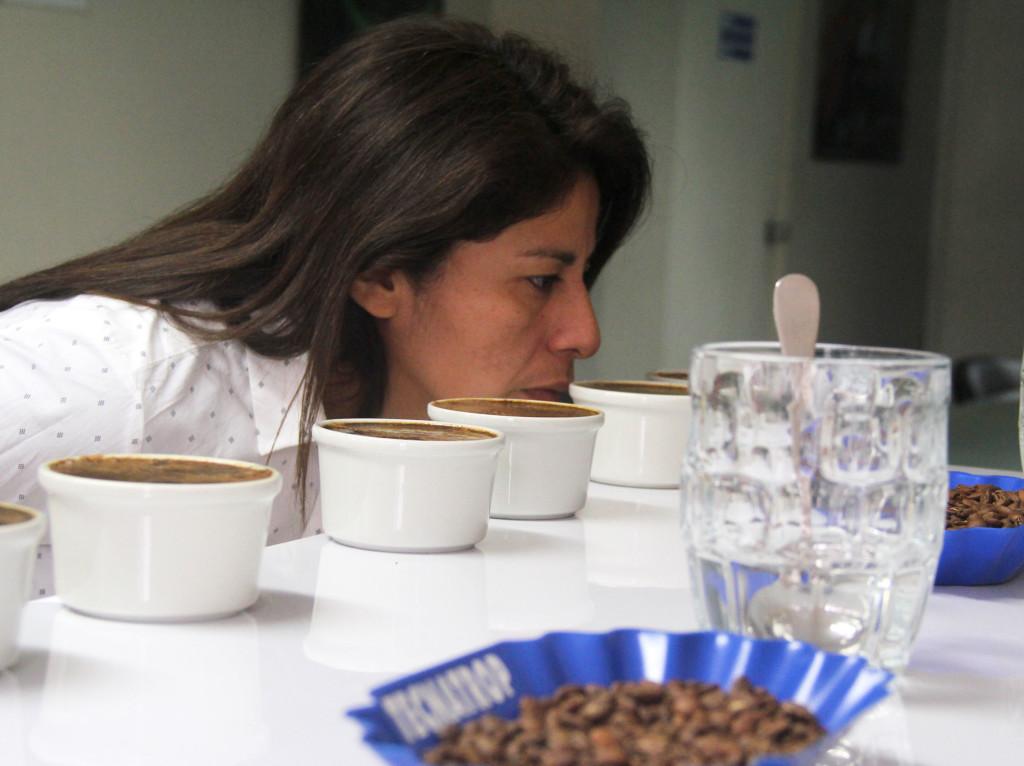 Madeleine Villa Loayza, coordinadora técnica de Taza de Excelencia en Perú.