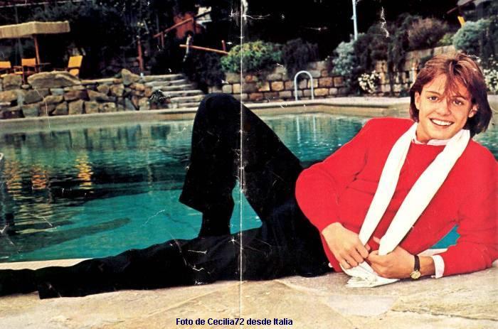 Póster de Luis Miguel en una revista italiana de 1985. (LuisMiguelSite.com)