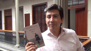 """Juan Manuel Chávez: """"Una crítica buena o mala le sirve a un escritor pero nunca debe ser su norte a seguir"""""""