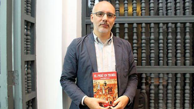 """Resumimos brevemente """"El Perú en teoría"""", el más reciente libro de Paulo Drinot publicado por el Instituto de Estudios Peruanos."""