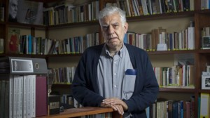 """Alonso Cueto presentará """"La segunda amante del rey"""" este 30 de julio en la FIL Lima: conversamos con él"""