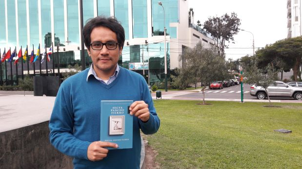 """Conversamos con Miguel Sánchez Flores, escritor y periodista, sobre su más reciente novela """"Secta Pancho Fierro"""", con la cual ganó el Premio de Novela Breve de la Cámara Peruana del Libro"""