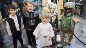 141822_LEGO.Star.Wars_young.fans