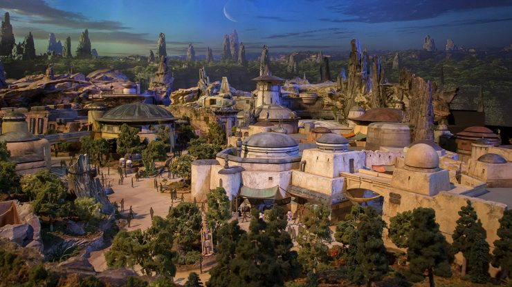 Star-Wars-Land-740x416
