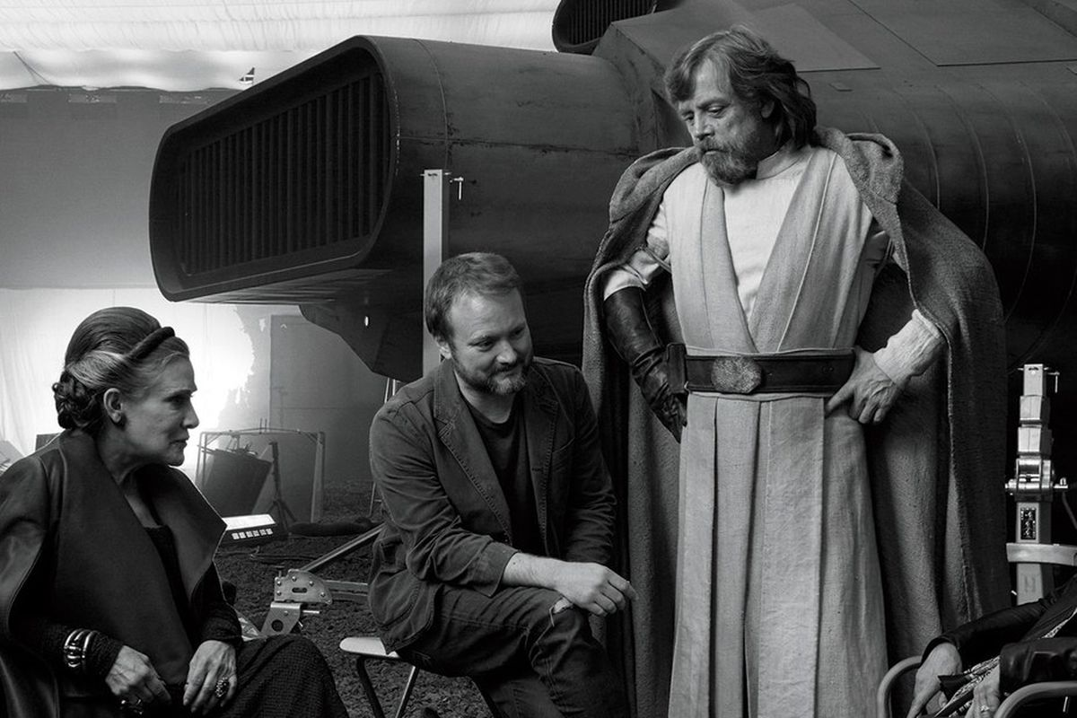 star_wars_the_last_jedi_images_carrie_fisher_rian_johnson_mark_hamill_kathleen_kennedy_gary_milie__1_.0