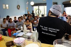 """Escuela Vegana de Lima formará """"deportistas de alto rendimiento"""" con una dieta sin carne, leche o huevos"""