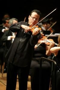 Violinista Carlos Johnson