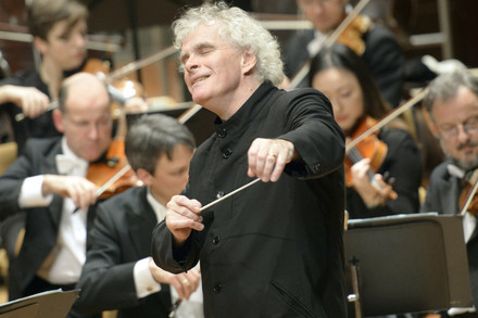 Director titular Sir Simon Rattle