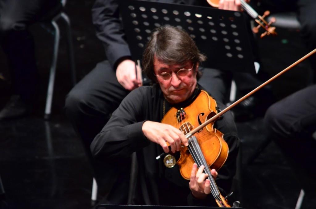 Famoso violista Yuri Bashmet. SFL
