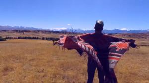 Tayta Bird y su intenso viaje sonoro en el videoclip de «Wifala»
