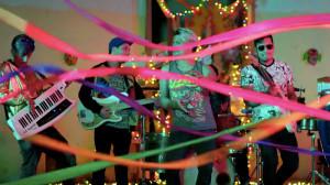 """La Nueva Invasión presenta el videoclip de """"Yo te quiero así"""": cumbia para festejar el amor universal"""