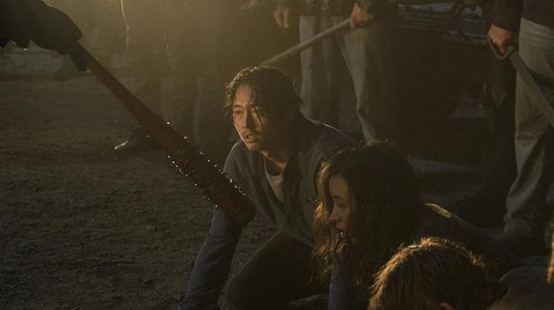 """Para este momento ya todos han llorado la pérdida de Glenn a manos de Negan durante el inicio de la sétima temporada de """"The Walking Dead"""".  ¿Era necesaria su partida? Sí y no había otra manera posible de acuerdo al actor y al creador de la historia"""
