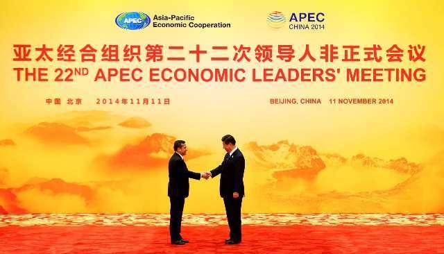 En sus dos viajes a China -con apenas 20 meses de diferencia-, el presidente Ollanta Humala ha sido testigo de la suscripción de 18 acuerdos de cooperación entre ambos países. Los primeros 11 fueron en abril del 2013, previo al Foro de Boao en Sanya. Aquí en Beijing, después de APEC, otros 7 acuerdos vieron la luz (y el cielo azul-APEC)