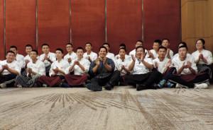 Futuros chefs chinos reciben clase de cocina peruana
