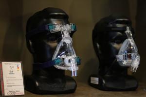 Mascarilla de presión positiva de aire para el tratamiento de apnea del sueňo