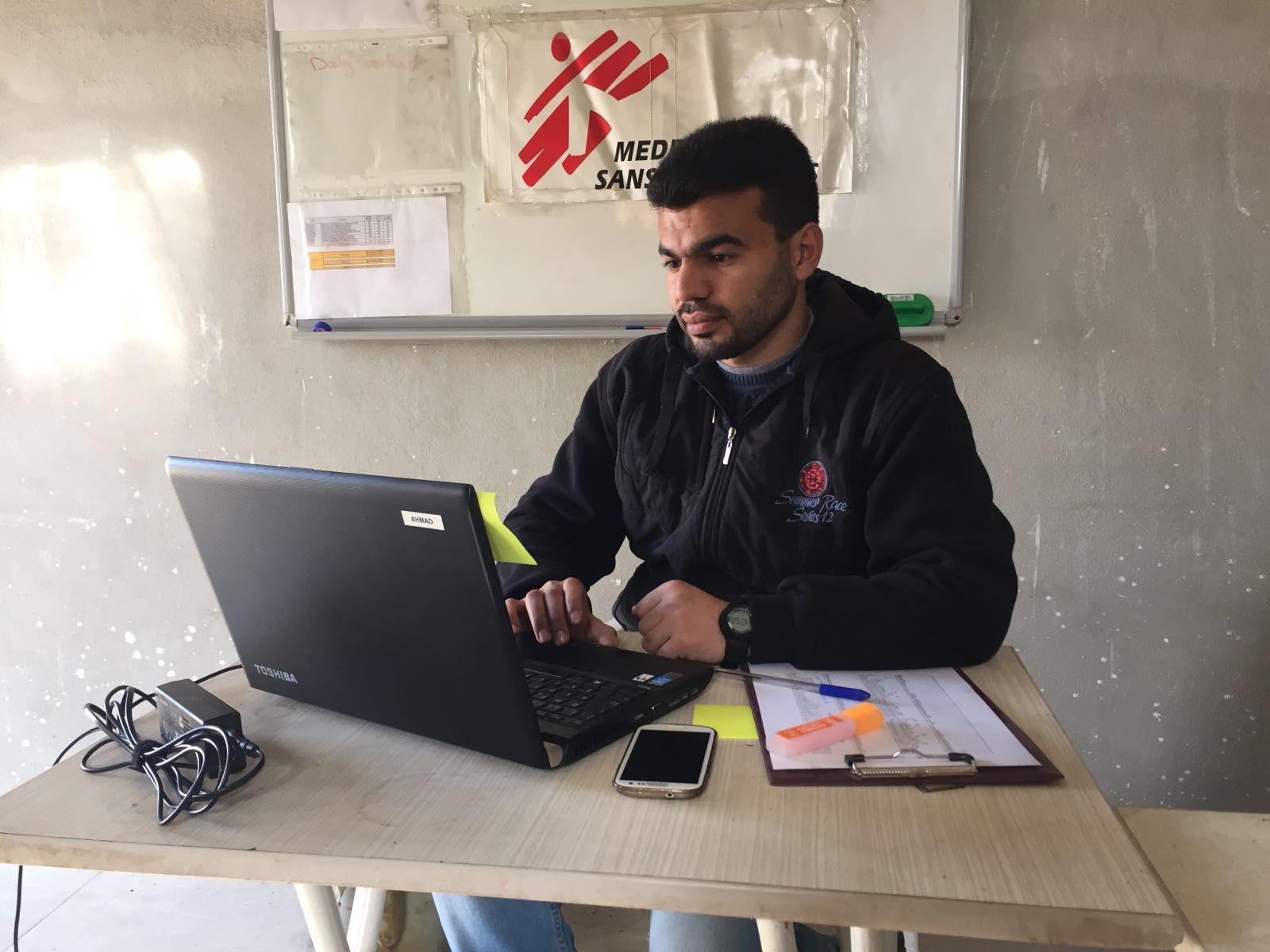 """Siria: """"Nuestros compañeros tuvieron que reunir a sus familias y huir"""""""