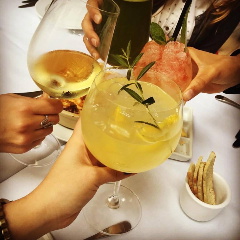Cócteles con y sin alcohol