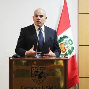 FOTO: UNIVERSIDAD SAN MARTÍN DE PORRES Dr. Ernesto Álvarez, acerca de la demanda, que verá el TC, que pretende prohibir la tauromaquia.