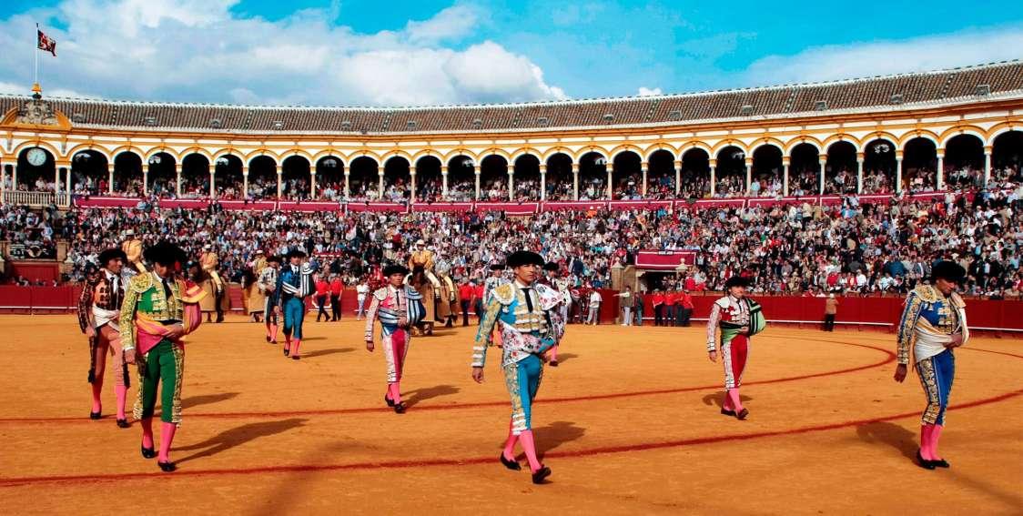 Andrés Roca Rey, el domingo 21, en Sevilla, en corrida televisada