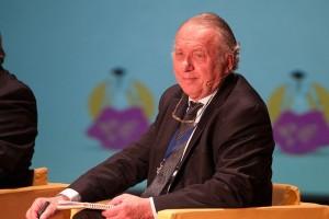 Francois Zumbiehl, reconocido antropólogo y diplomático francés, razona acerca de la tauromaquia.