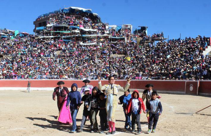 Joaquín Galdós: cruzada por el retorno de los toros en el Perú