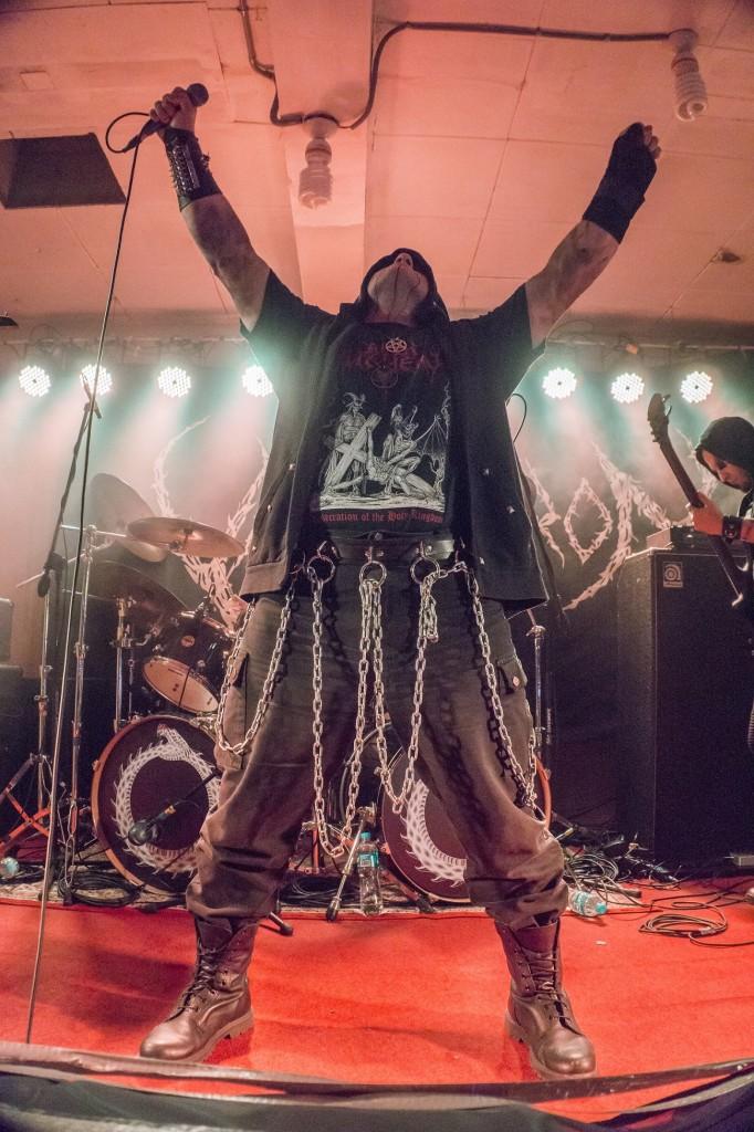 Además del notable concierto del que fuimos testigo, Stefan Necroabyssious líder de Varathron ofreció a Headbangers una breve pero valiosa entrevista exclusiva.