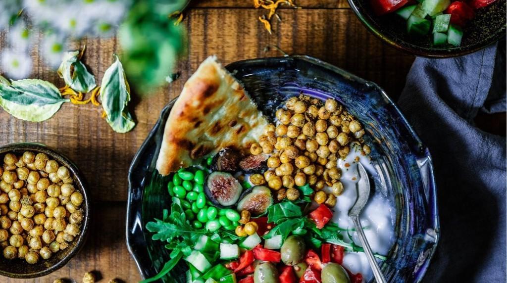 El desafío internacional que ya ha motivado a más de 250 mil personas en el mundo a llevar una alimentación vegana durante enero, estará disponible por primera vez en español y en el Perú. Participar es completamente gratis, y los beneficios son muchísimos