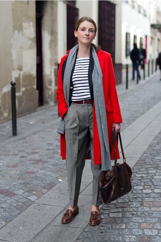 abrigo rojo y pxfords