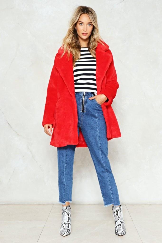 como combinar un abrigo rojo 2