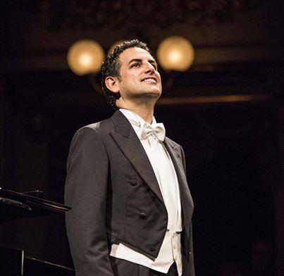 Ya están a la venta las entradas para la próxima presentación del tenor peruano Juan Diego Flórez en Lima.Vuelve luego de un año para ofrecer un íntimo recital con lo mejor de su repertorio, acompañado del pianista Vincenzo Scalera.