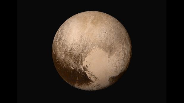 Un grupo de científicos planetarios presentaron formalmente ante la Unión Astronómica Internacional (IAU) un pedido para que se cambie la forma de clasificar a los planetas. De proceder el pedido, no solo Plutón retomaría su calidad de planeta, sino que en el sistema solar tendríamos unos 110, incluida la Luna terrestre. (Foto: AP)