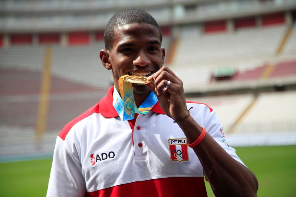 Andy Martínez es vencedor en la prueba de 100m en el Grand Prix de Uruguay